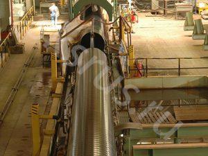 Транпортировачная лента с трубой для нанесения ВУС изоляции